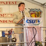 Bürgemeister Udo Dauer weist auf Probleme der Stadt hin